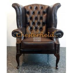 Queen XL Chesterfield öronlappsfåtölj brun (A5 mörk) i färg helt i äkta skinn
