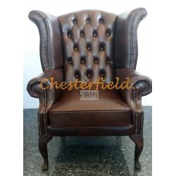 Queen XL Chesterfield öronlappsfåtölj brun (A5 mitten) i färg helt i äkta skinn