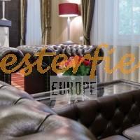 Chesterfield soffa, fåtölj, bord