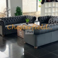 Chesterfield Williams svart soffa