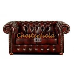 Klassisk Chesterfield 2 sits soffa (A7) oxblod i färg helt i äkta skinn