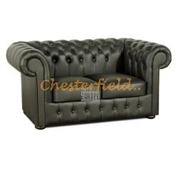 Klassisk Chesterfield 2 sits soffa (K70) svart i färg helt i äkta skinn