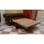 Klassisk Chesterfield 3 sits bäddsoffa (A4) konjak i färg helt i äkta skinn